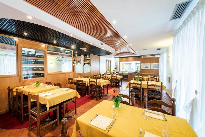 sala-2-ristorante-cantinone-lugano